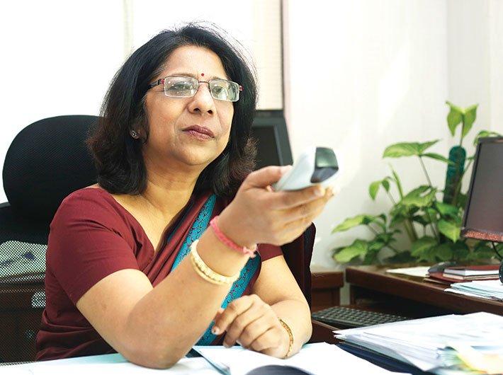 Disinvestment secretary, Aradhana Johri