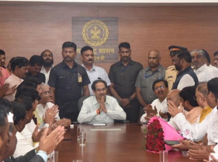 Maharashtra chief minister Uddhav Thackeray meeting a delegation (Photo courtesy: @ShivSena)
