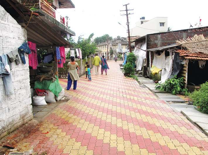The muddy, narrow lanes of two slums including Nadi Mohalla were renovated and covered with paver blocks.