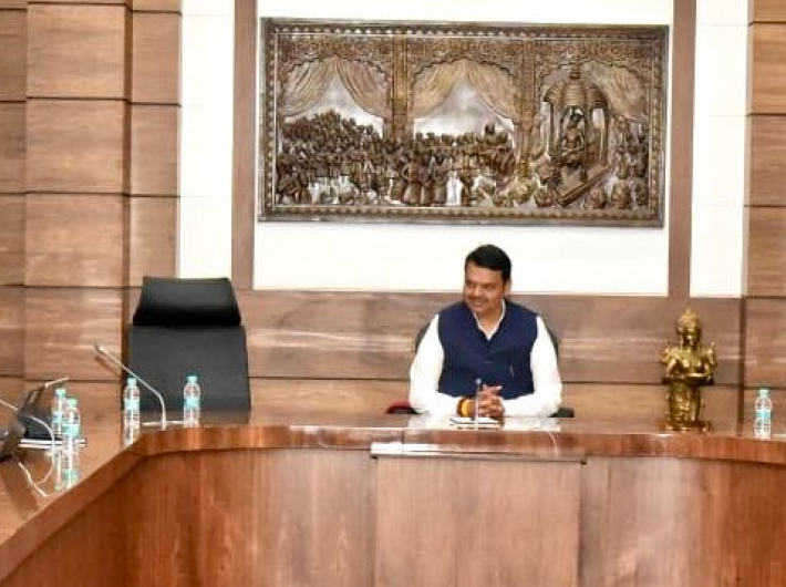 Chief minister Devendra Fadnavis chairing an official meeting, with his deputy`s chair vacant (Photo courtesy: @Dev_Fadnavis)