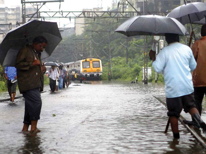 Heavy rains lash Mumbai, records above normal rainfall