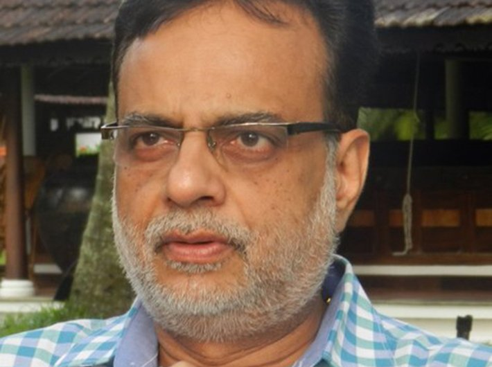 Hasmukh Adhia, revenue secretary