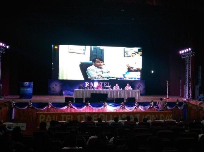 Suresh Prabhu tele-conferences in Delhi as RailTel, Google unveils free wi-fi service at CST Mumbai
