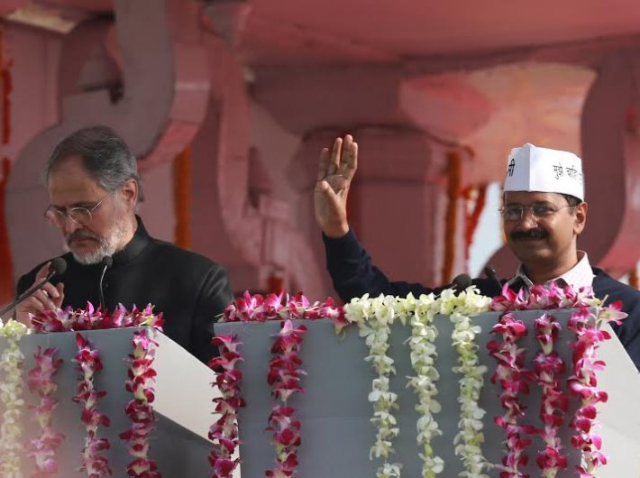 Najeeb Jung and Arvind Kejriwal at the latter`s swearing-in in January 2014.