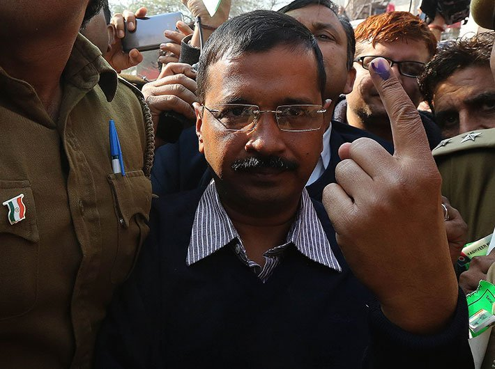 Chief minister Arvind Kejriwal after voting in 2015 elections (File photo: GN)