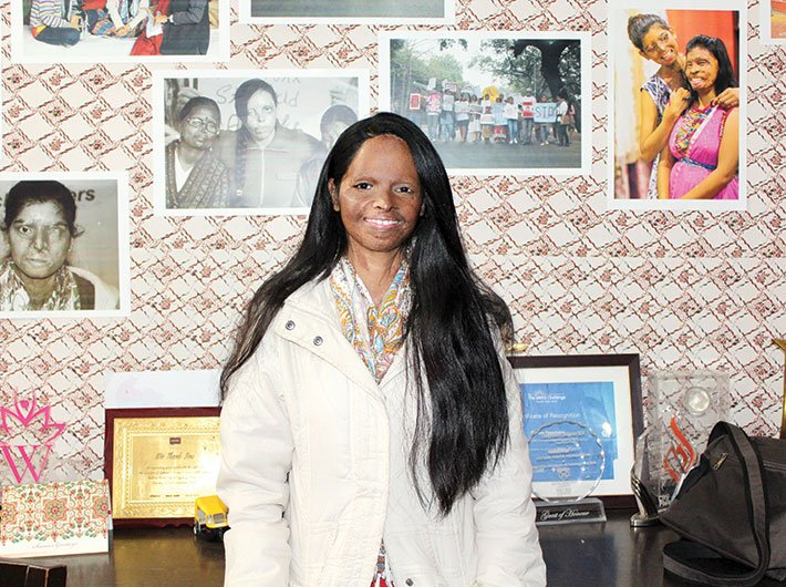Beautiful face, courageous mind :   acid attack survivor, Laxmi
