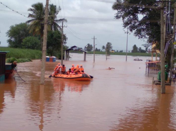 Maharashtra flood situation grim, rescue works on