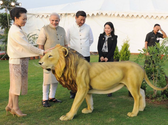 PM Narendra Modi with Chinese president Xi Jinping and China`s First Lady Peng Liyuan at the Sabarmati Waterfront, in Ahmedabad, on September 17, 2014.