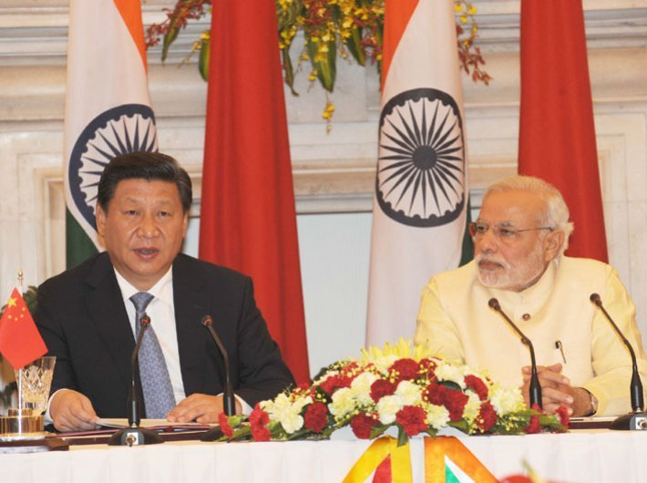 Prime minister Narendra Modi (right) and Chinese president Xi Jinping at the joint press briefing in New Delhi on September 2014.