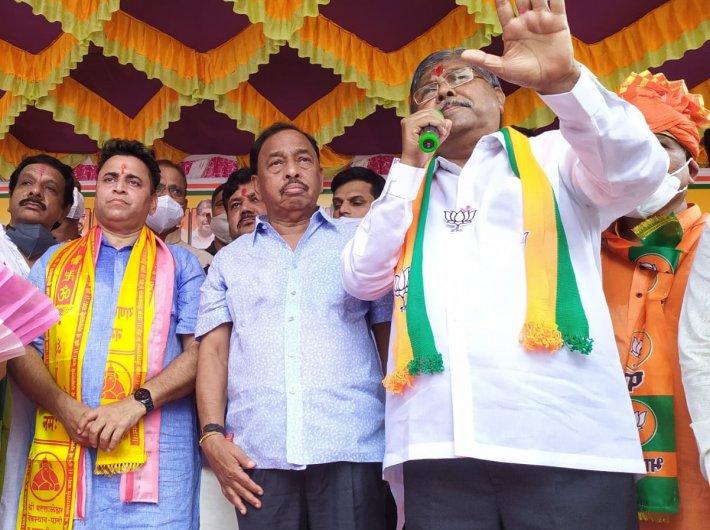Narayan Rane (centre) during the Jan Ashirwad Yatra (Pic courtesy: BJP)