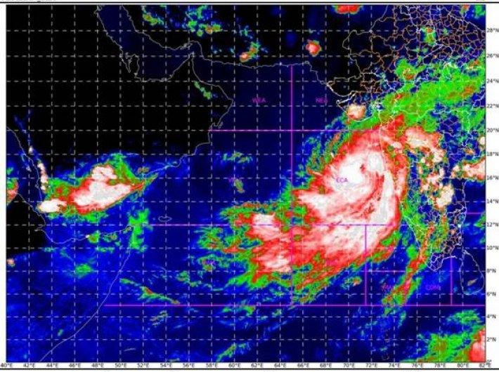 Maharshtra braces to face Cyclone Nisarga