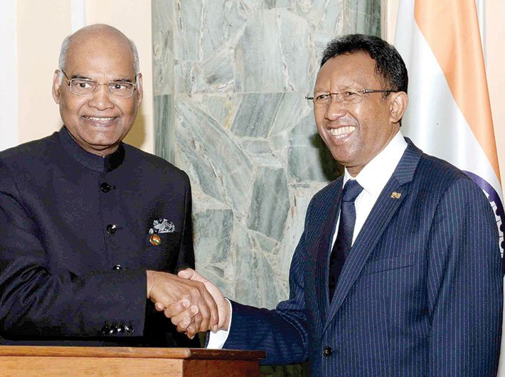President Ram Nath Kovind meeting Madagascar president Hery Rajaonarimampianina at Presidential Lavoloha Palace in Madagascar on March 14