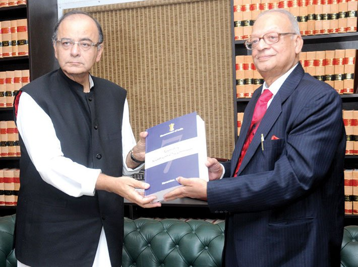 Seventh pay commission chairman justice AK Mathur submitting its report to finance minister Arun Jaitley
