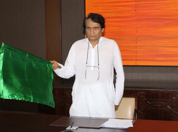 Suresh Prabhu (Photo: Facebook/@Railministersureshprabhu)
