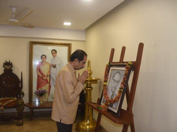 Maharashtra chief minister Uddhav Thackeray paying tribute to Dr BR Ambedkar on his birth anniversary on Tuesday (Photo courtesy @OfficeofUddhavThackeray)