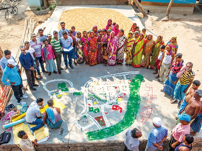 People of Kanhaiyasthan village, Jharkhand drew a map detailing water, sanitation, waste management and highlighting areas for improvement