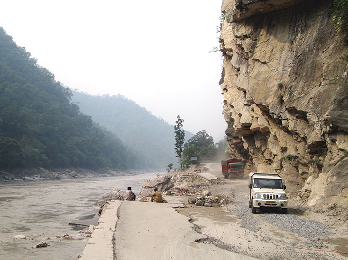 Broken roads near Srinagar.
